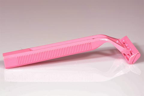 Statt Rasieren - dauerhafte Haarentfernung mit Licht